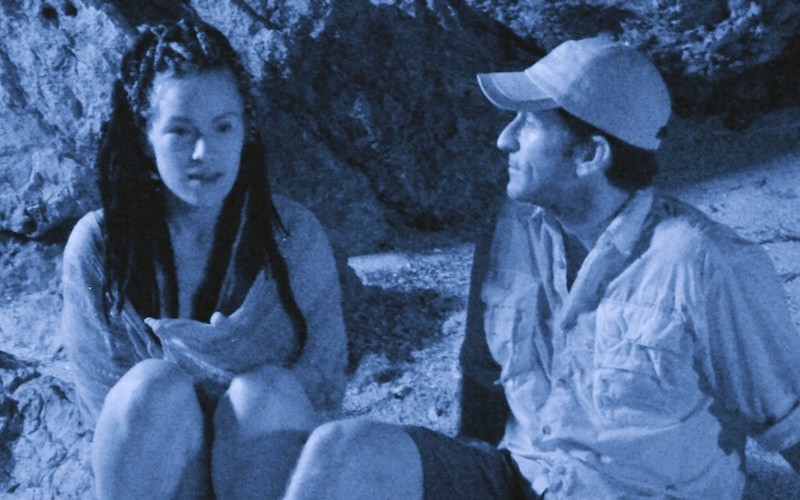 Lindsey Ogle chats with Jeff Probst before quitting Survivor Cagayan in episode 5