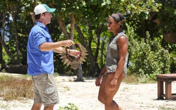 Jeff Probst presents the immunity necklace to Tasha Fox, after she won a challenge that Jeff Probst brought back to Survivor after getting feedback from a few fans on Twitter