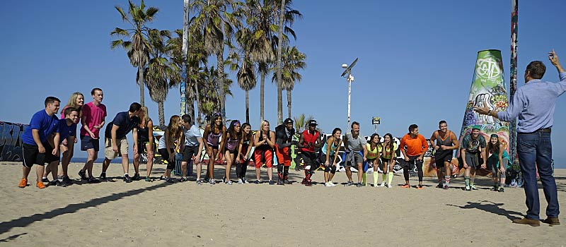 The Amazing Race 27 teams start line