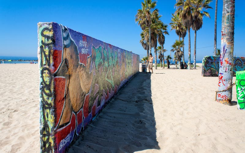 Venice art walls site of the 2015 start of the amazing race 27