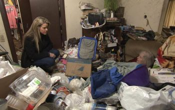 Hoarders application apply help Dr. Robin Zasio