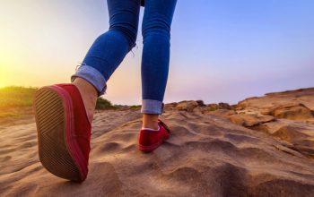 CBS, Walk the Line, pilot, red shoes walking on rocks