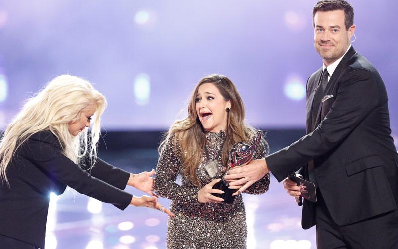 Alisan Porter, Christina Aguilera, Carson Daly, The Voice, season 10 winner