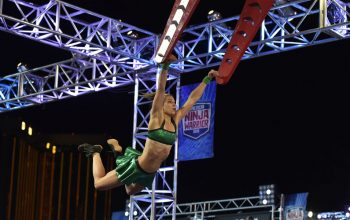 Jessie Graff makes American Ninja Warrior history again