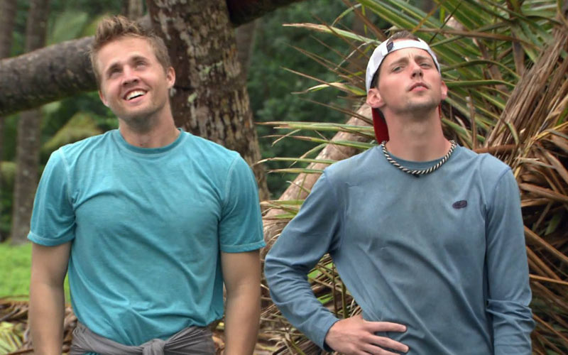 Cody and Alex, Stranded with a Million Dollars