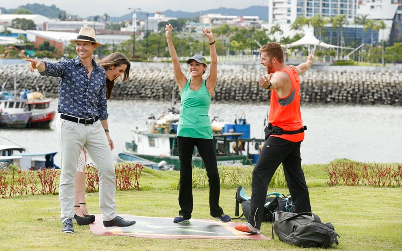 Phil Keoghan, Brooke, Scott, Amazing Race 29