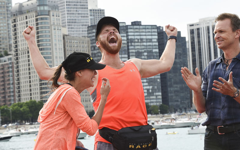 Brooke, Scott, Phil Keoghan, Amazing Race 29 winners