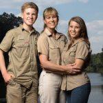 Terri, Bindi, and Robert Irwin will be back on Animal Planet