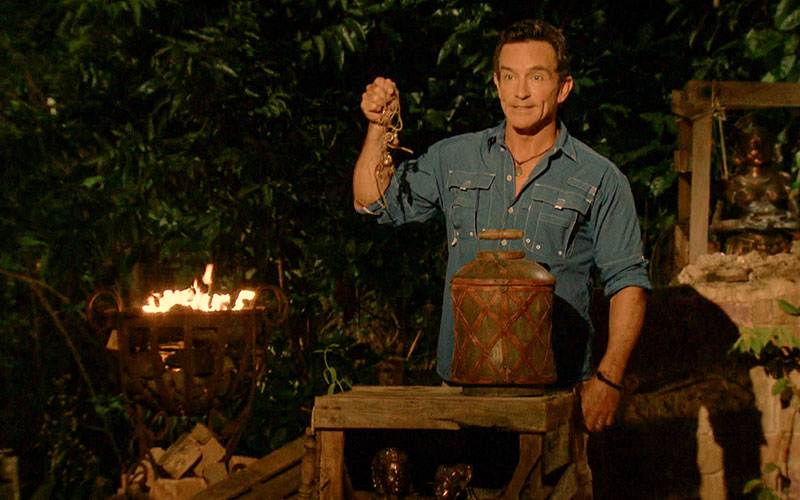 Jeff Probst, Survivor, hidden immunity idol