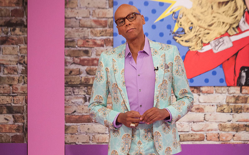 RuPaul's Drag Race All Stars 3, RuPaul Charles in the workroom