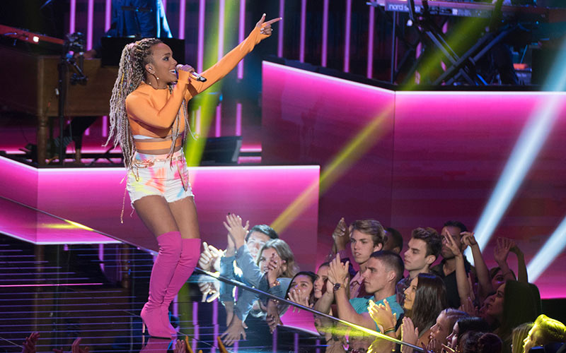 Jurnee, American Idol, top 14 episode