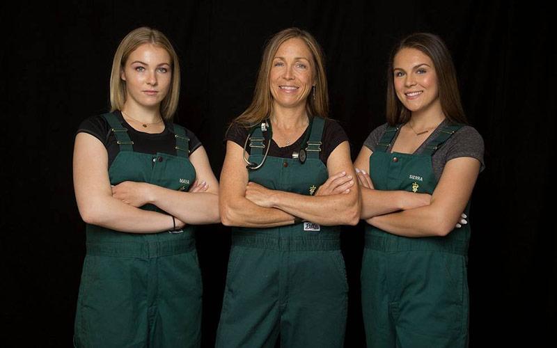Maya Oakley, Dr. Michelle Oakley, Sierra Oakley