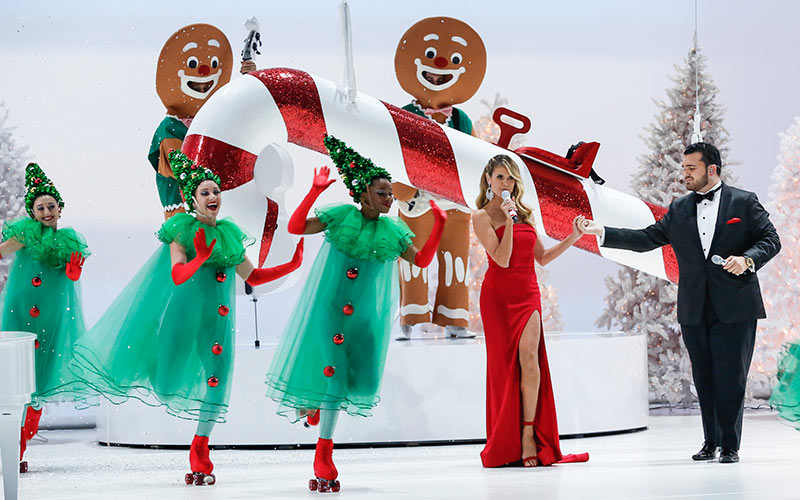 Heidi Klum, Sal Valentinetti, America's Got Talent: A Holiday of Champions.