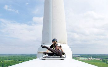 Paris to Pittsburgh, wind turbine, Iowa Lakes Community College