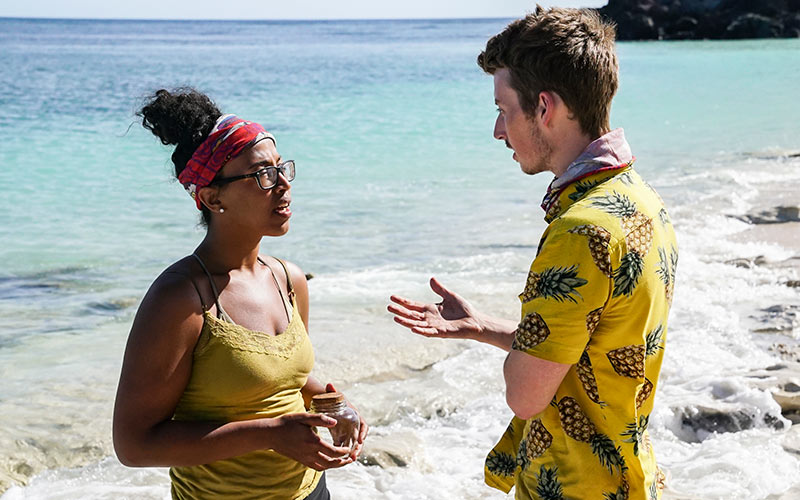 Julia Carter and Gavin Whitson, Survivor: Edge of Extinction episode 8