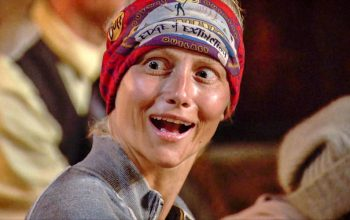 Kelly Wentworth, Survivor Edge of Extinction episode 9 Tribal Council