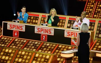 Press Your Luck episode 108 contestants Sam, Debbie, and Stevey