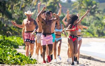 Love Island's Islanders run in slow motion on the beach