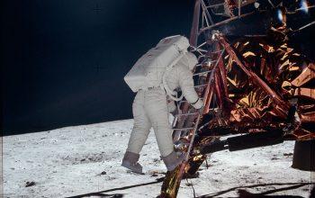 Neil Armstrong, Apollo 11, moon