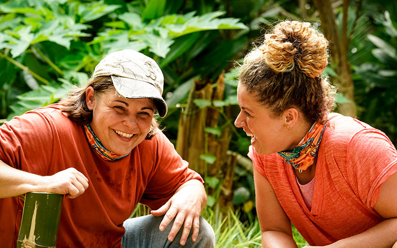 Elaine Stott and Elizabeth Beisel on Survivor: Island of the Idols episode 1