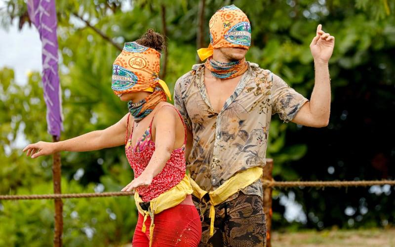 Chelsea Walker and Dean Kowalski's showmance didn't help them perform better in the Survivor immunity challenge