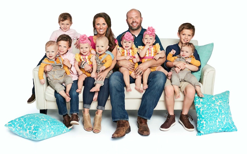 Courtney and Eric Waldrop and their kids on their TLC reality show Sweet Home Sextuplets during season 2