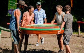 Survivor: Winners at War's most functional tribe: Ben Driebergen, Sarah Lacina, Sophie Clarke, and Adam Klein, with Jeff Probst looking on