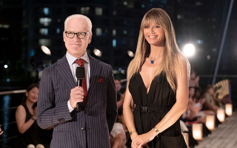 Tim Gunn and Heidi Klum at the start of Making the Cut episode 8's fashion show. Its winning look, like all the others, is already sold out on Amazon Fashion.