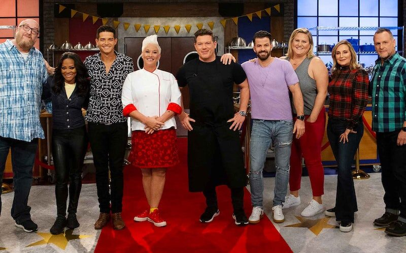 The cast of Worst Cooks in America season 19, which is the sixth celebrity version of the show