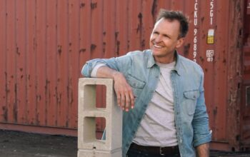 Phil Keoghan, host of Tough As Nails, at the beginning of episode 1's second challenge.