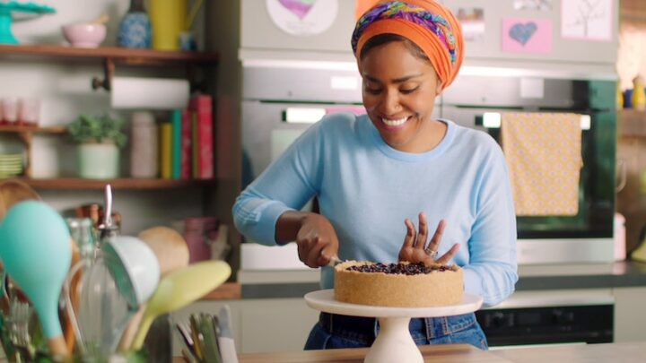 Nadiya Bakes is perfect: sunshine-drenched, sugar-coated, classic cooking TV