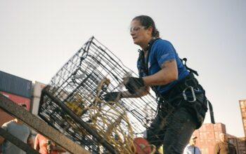 Sarah Burkett competes in the final challenge of Tough As Nails season 2