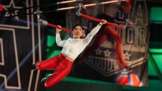 Sarah Chang, the shortest competitor in American Ninja Warrior history, on Weight for It, an obstacle introduced in season 12