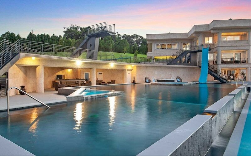 Waterfalling Estate, a private home on Hawaii's Big Island that's being used for Love Island 3 USA on CBS, and was previously rented by MTV for Ex on the Beach and Justin Bieber for a vacation.