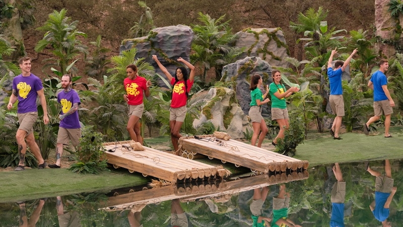 """The Purple Parrots, Red Jaguars, Green Monkeys, and Blue Barracudas at the start of Legends of the Hidden Temple episode 1, """"Hero Twins"""""""