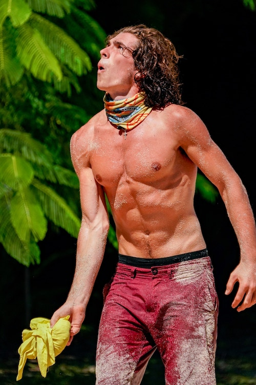 Xander Hastings helps his tribe win the immunity challenge on Survivor 41, episode 3